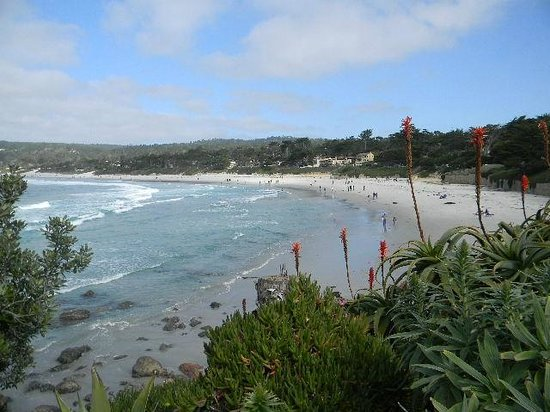 Carmel City Beach/Carmel River Beach: Carmel beach from the south