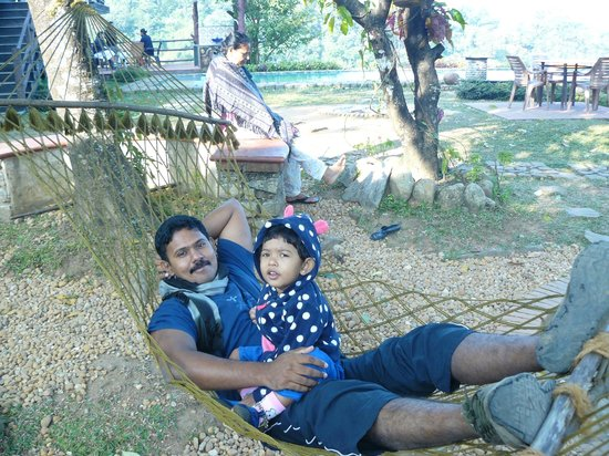 Wild Elephant Eco Friendly Resort : Relaxing with my daughter in the hammock