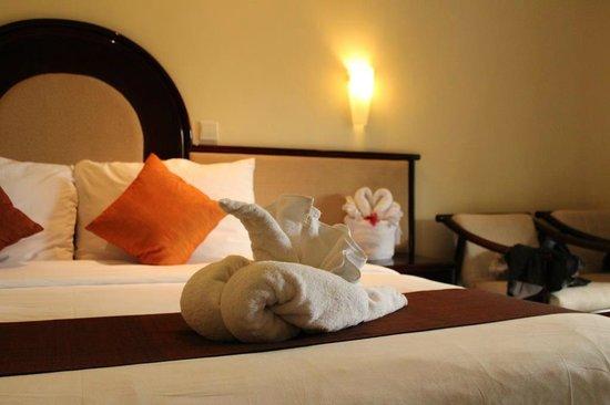 Discovery Kartika Plaza Hotel: Towel decorations