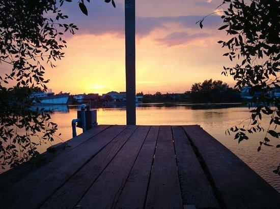 Baan Siriporn Resort: River View
