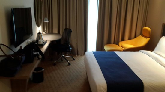 Holiday Inn Express Singapore Orchard Road: Clean n modern room
