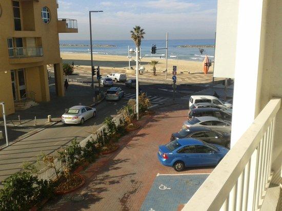 Sea Executive Suites: vista da praia do meu apartamento