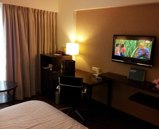 Four Points by Sheraton Ahmedabad: 4 points Sheraton, Ahm- room
