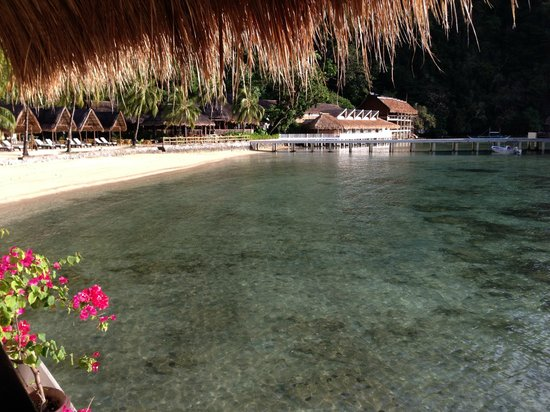 El Nido Resorts Miniloc Island: View from the overwater bungalow