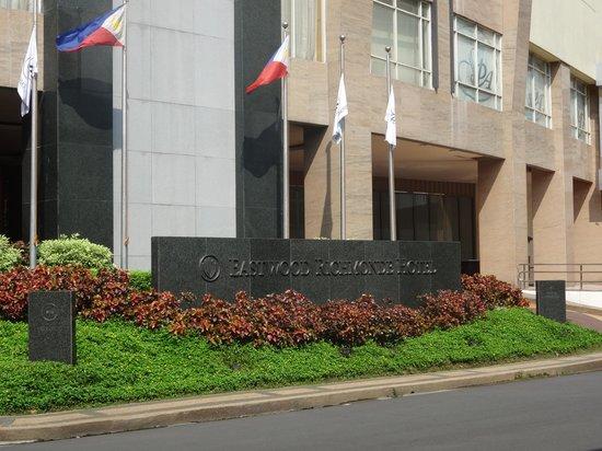 Eastwood Richmonde Hotel : Entrance