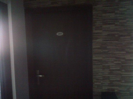 The Retreat : Room 201