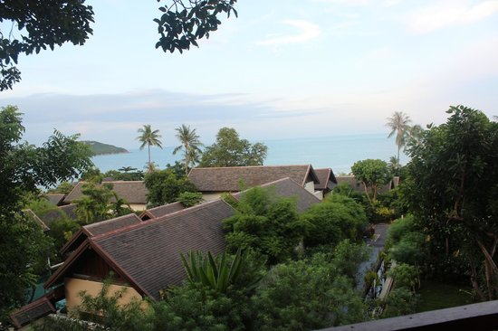 Anantara Lawana Koh Samui Resort : view from the tree tops restaurant