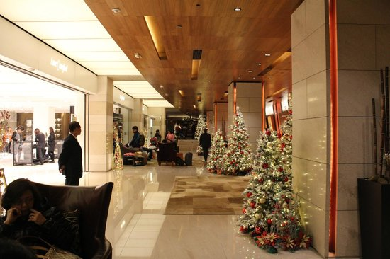 Marco Polo Hongkong Hotel: Lobby during Christmas 2013