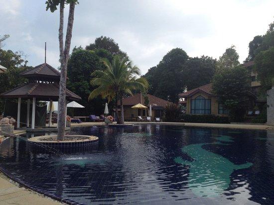 Supalai Resort & Spa Phuket: Swimming pool