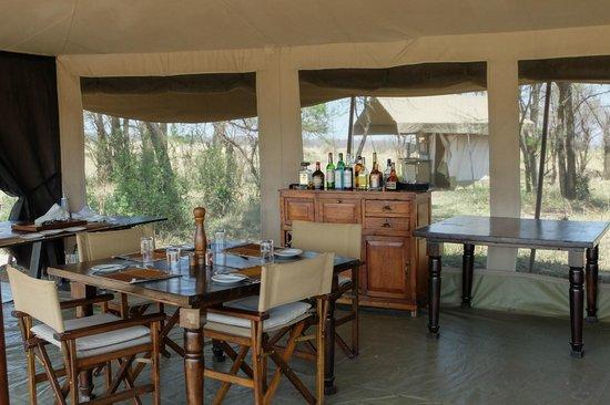 Olakira Camp, Asilia Africa: dining area
