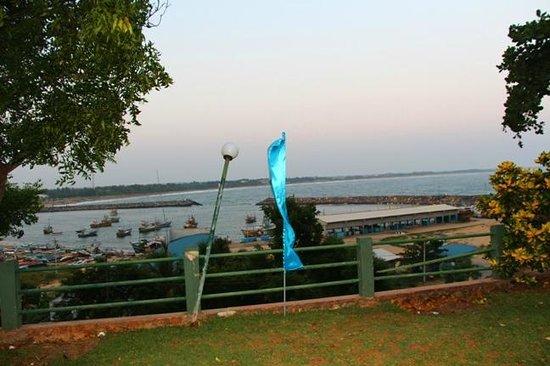 Hambantota Rest House: View from Varandha