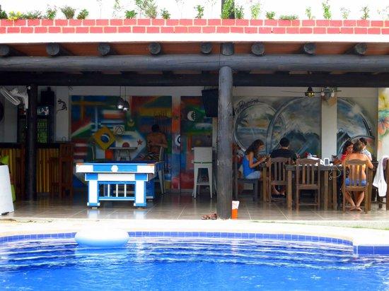 The Dreamer Hostel: Bar & Dining