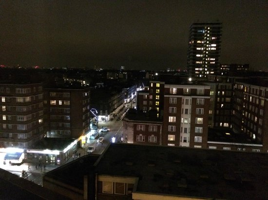 London Marriott Hotel Marble Arch: View from room 812 - Edgware road