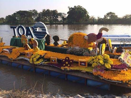 The Legend Chiang Rai : Flower festival