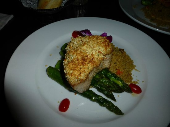 Perricone's Marketplace & Cafe: Ahi Tuna