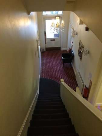 Grantly Hotel: Stairs