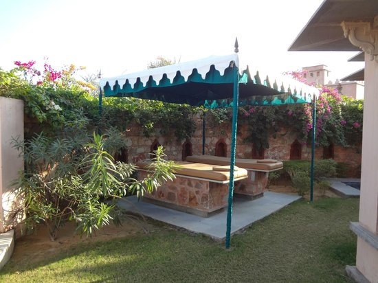 Tree of Life Resort & Spa Jaipur : Private outdoor spa