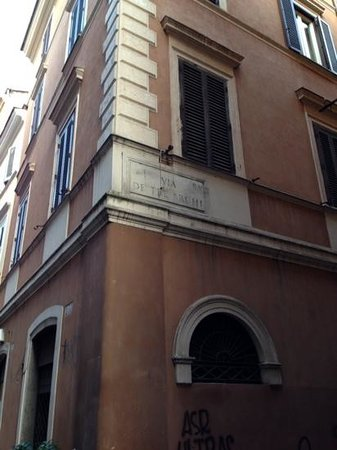 Residenza Canali ai Coronari: to Residenza Canali