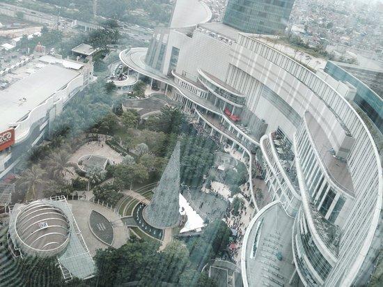 Pullman Jakarta Central Park: Room view