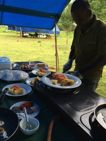 Mahoora Tented Safari Camp - Udawalawe : Superb Brekafast