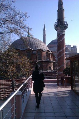 Zeynep Sultan Hotel: Aussicht von der Frühstücksterrasse