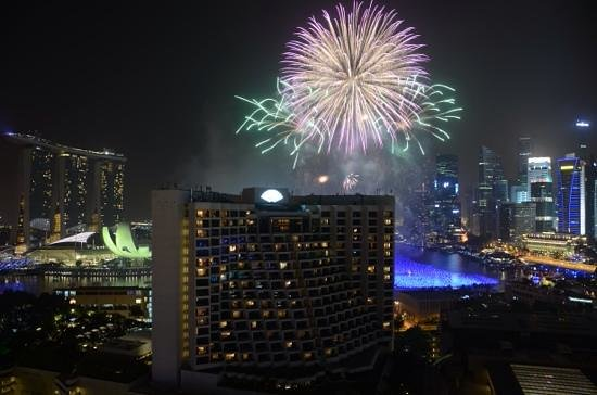 Pan Pacific Singapore: view of fireworks for New Years Eve 2013 from our room.