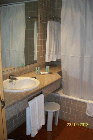Hotel Best Alcazar: Baño