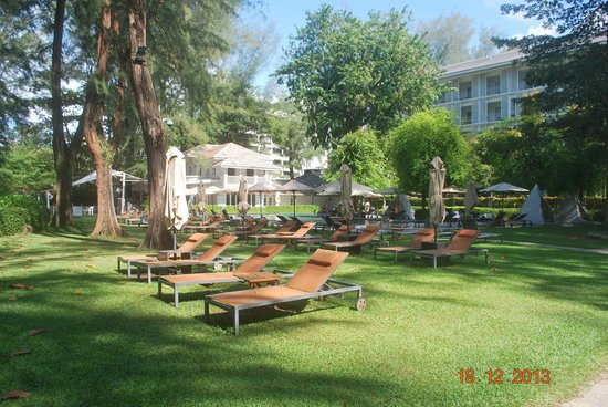 Lone Pine Hotel: near pool area where guest can relax