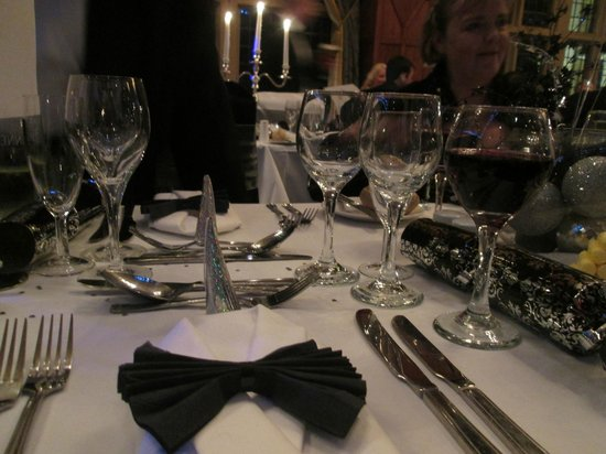 The Mount Hotel: Beautifully set table