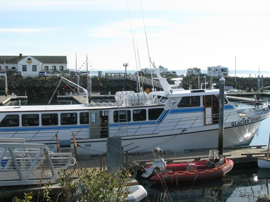 Puget Sound Express - Day Trips: the boat