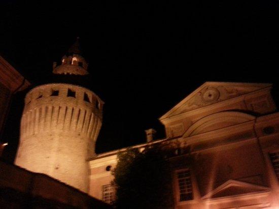 Castello di Rivalta : esterno