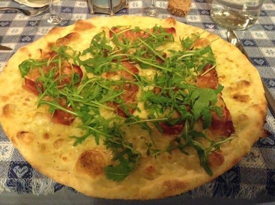 Waldheim Belvedere Hotel : Pizza con speck e rucola