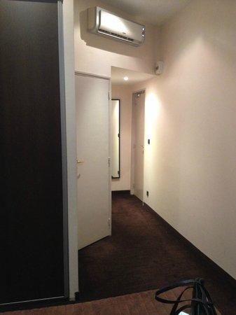 Hotel Trocadero: ingresso alla camera