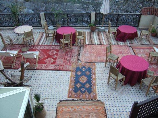 Dar Imlil : 1st floor terrace with great views