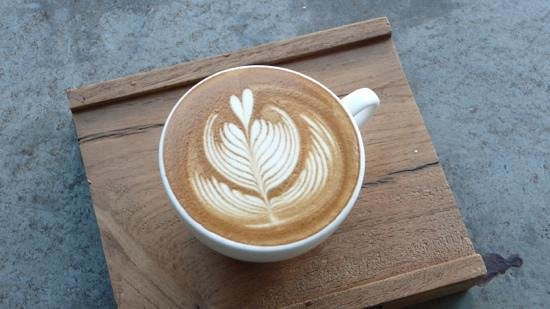 Ristr8to Coffee : how is that for coffee art!