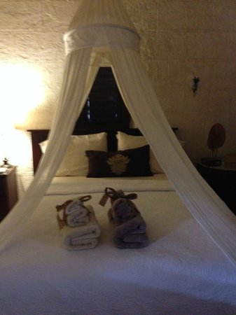 Sweetfield Manor Boutique Hotel: Our room
