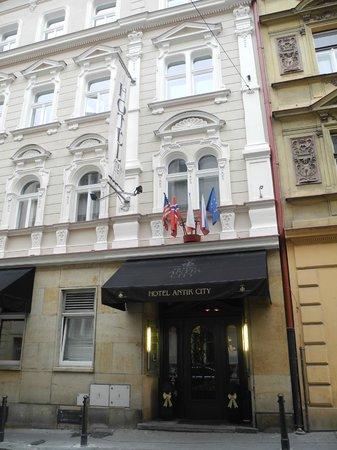 Antik City: Hotel facade
