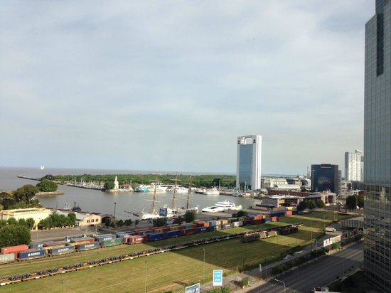 Sheraton Buenos Aires Hotel & Convention Center: Vista do hotel