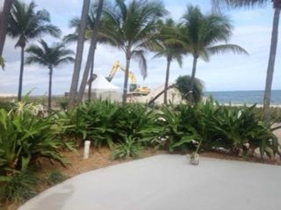 Beachcomber Resort and Villas: view of earthmover