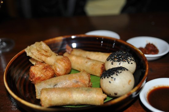 Live Dim Sum House : Fried Dim Sum Platter