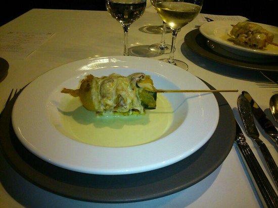 Hotel Cortijo Santa-Cruz: Brocheta de verduras...
