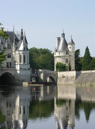 Château de Chenonceau from the river