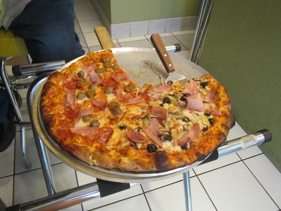 Duetto Pizza and Gelato : Excellent Pizza