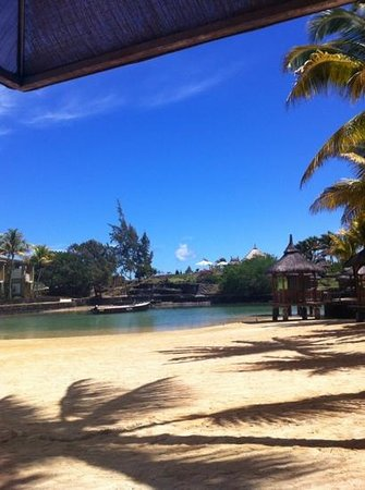 Paradise Cove Boutique Hotel: The blissfully warm lagoon ...