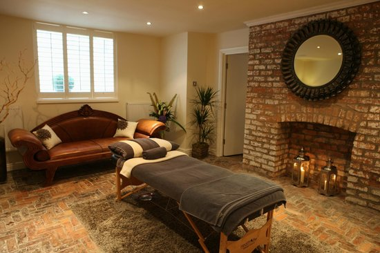 Rich Therapies: Treatment Room