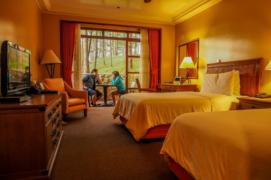 The Manor At Camp John Hay Deluxe Room Forest View 1st Floor 120