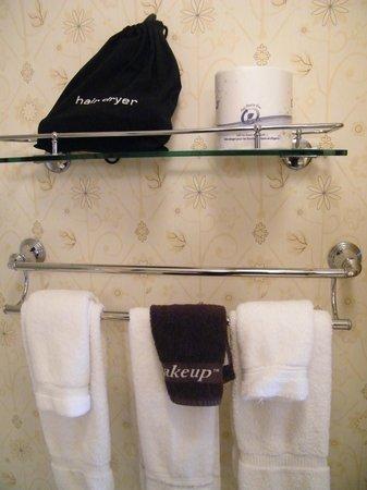 Hotel Albuquerque at Old Town: bathroom features