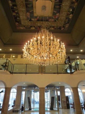 Hotel Floracion Nasu: シャンデリア