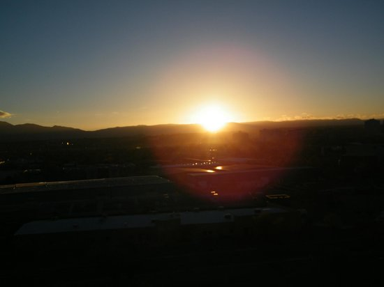 Hotel Albuquerque at Old Town : sunrise from the room