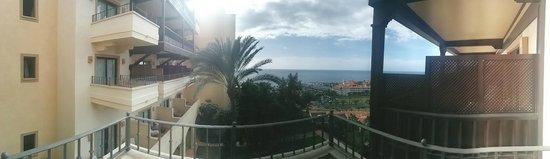 Vincci Selección La Plantación del Sur: 180 degree balcony view room 105. Superior Sea View?